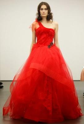 défilé vera wang robe rouge haute couture