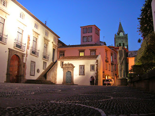 Plaza Antigua Aduana, Alfândega Velhala, Funchal, Madeira, Portugal, La vuelta al mundo de Asun y Ricardo, round the world, mundoporlibre.com