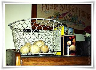 Prim Vintage Egg Basket