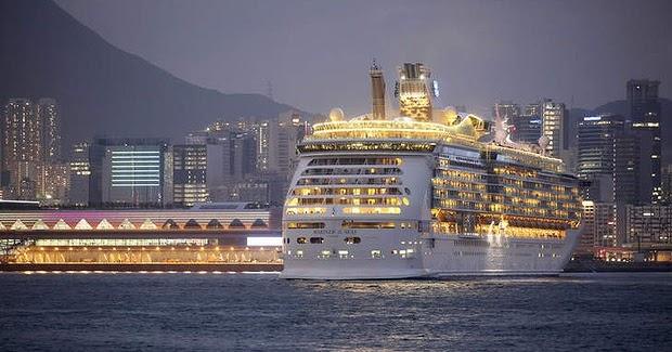 christmas cruise hong kong