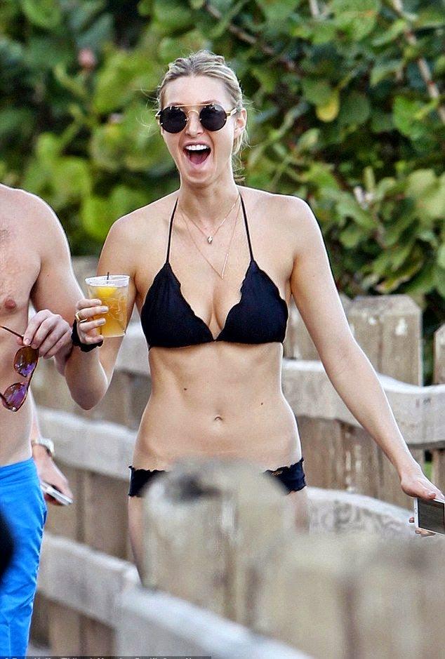 Whitney Port then made sure to get her day in good spirit on Wednesday, December 3, 2014, when sporting a dark bikini alongside her lucky fiance, Tim Rosenman on the bridge.