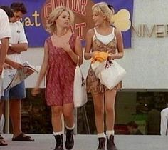 "Kelly e Donna in ""Beverly Hills 90210"""