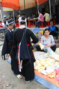 Two Dzao ethnic girls at Sunday  market in Hoàng Su Phì