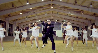 Psy Gangnam Style horse dance