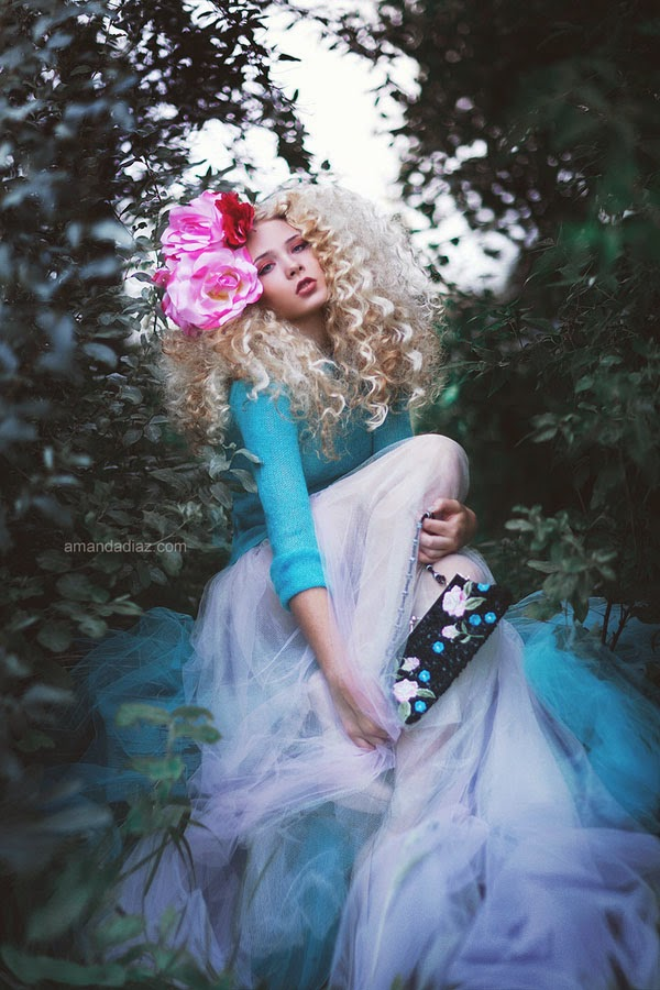 Mind blowing dreamy fashion photography by amanda diaz for Statements that will blow your mind