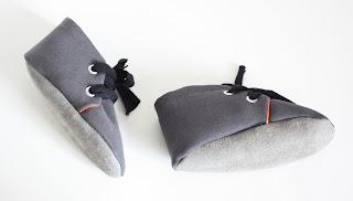 hippe handgemaakt baby schoentjes suede en grijs