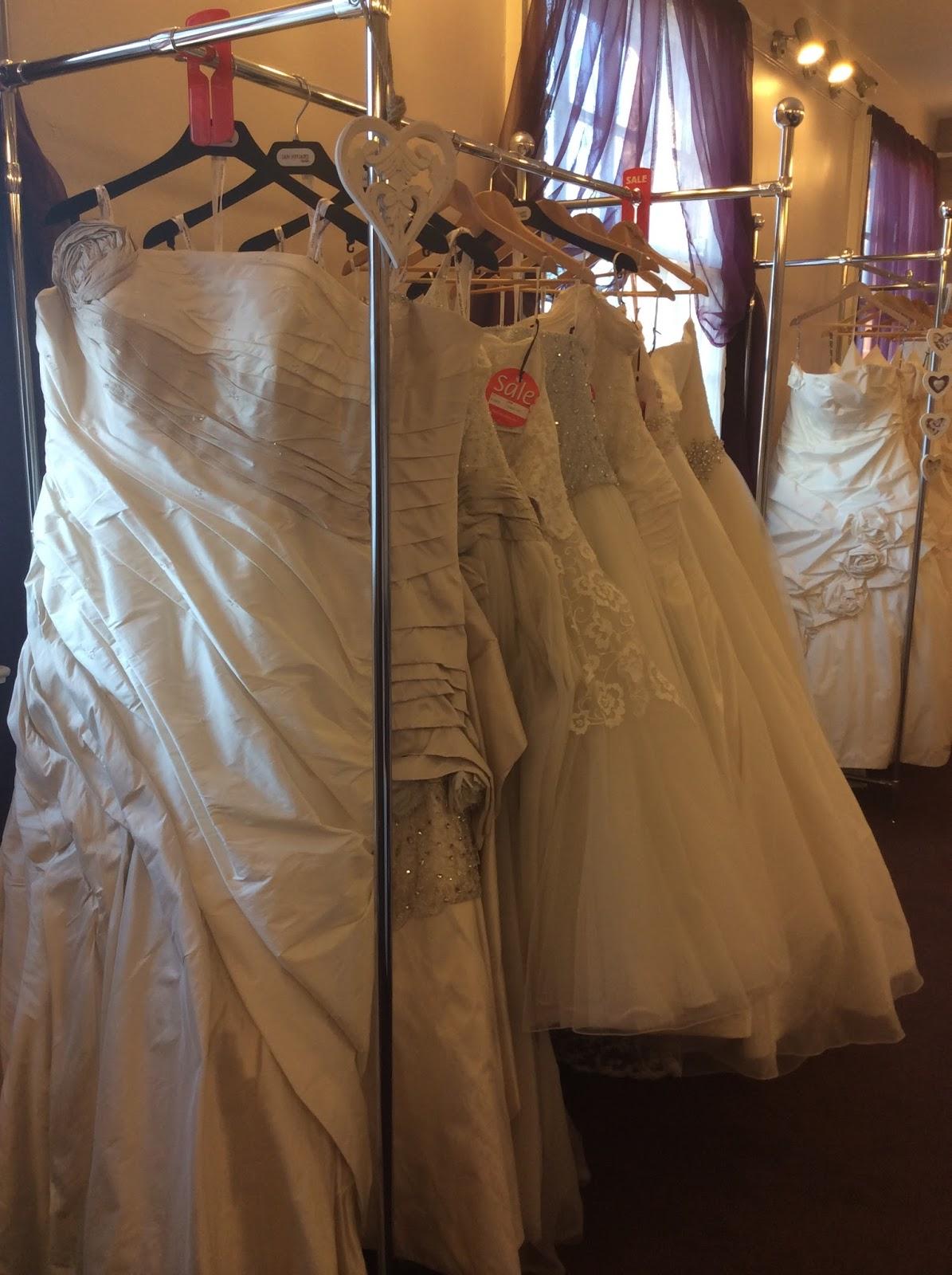 52-46-54: My Wedding Dress Destination: The Big Day, Castleford