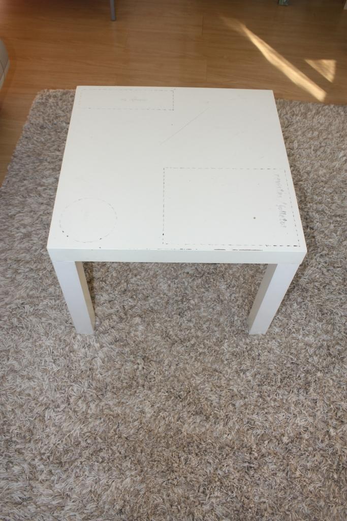 Ikea hack la mesa mesa lack con chinchetas y papel de fer - Ikea mesa blanca ...