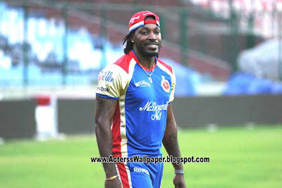 Chris gayle fastest 100 IPL 2013 Sixes Highest Record iPL 2013 2014 News