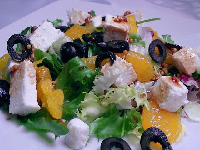 Sałatka z mandarynkami i feta
