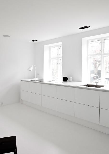 Küche in Weiß - Norm Architects in Kopenhagen
