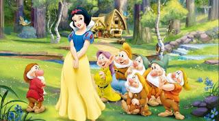 Contoh Narrative Text Snow White and 7 Dwarfs dalam Bahasa Inggris