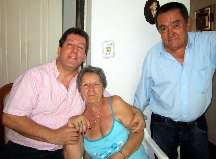 Luz Gómez Ossa vda de Merino. Santiago de Cali, enero 2013.