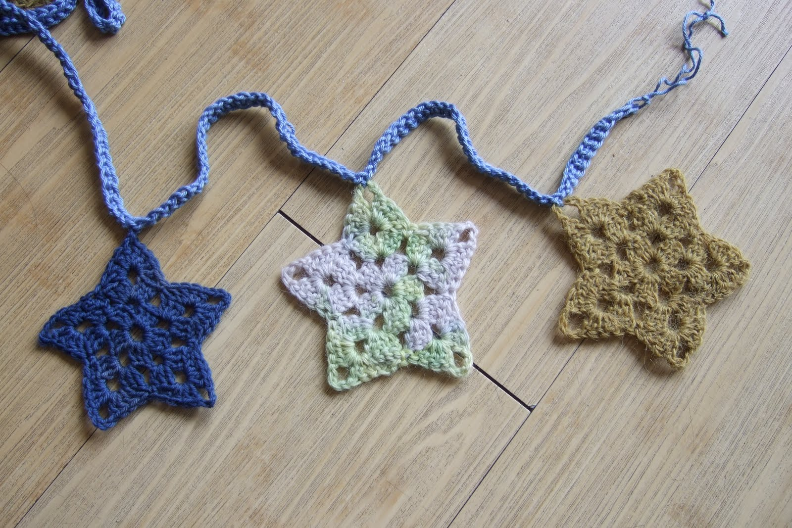 How to Crochet a Star - Ask.com