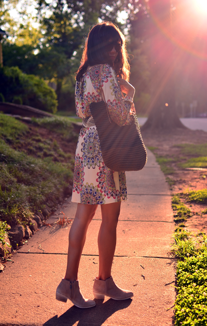 DRESS WITH BOOTIES STREET LOOK