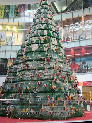 Two LEGO fanatics at the 1st LEGO Giant Christmas Tree & LEGO Christmas City