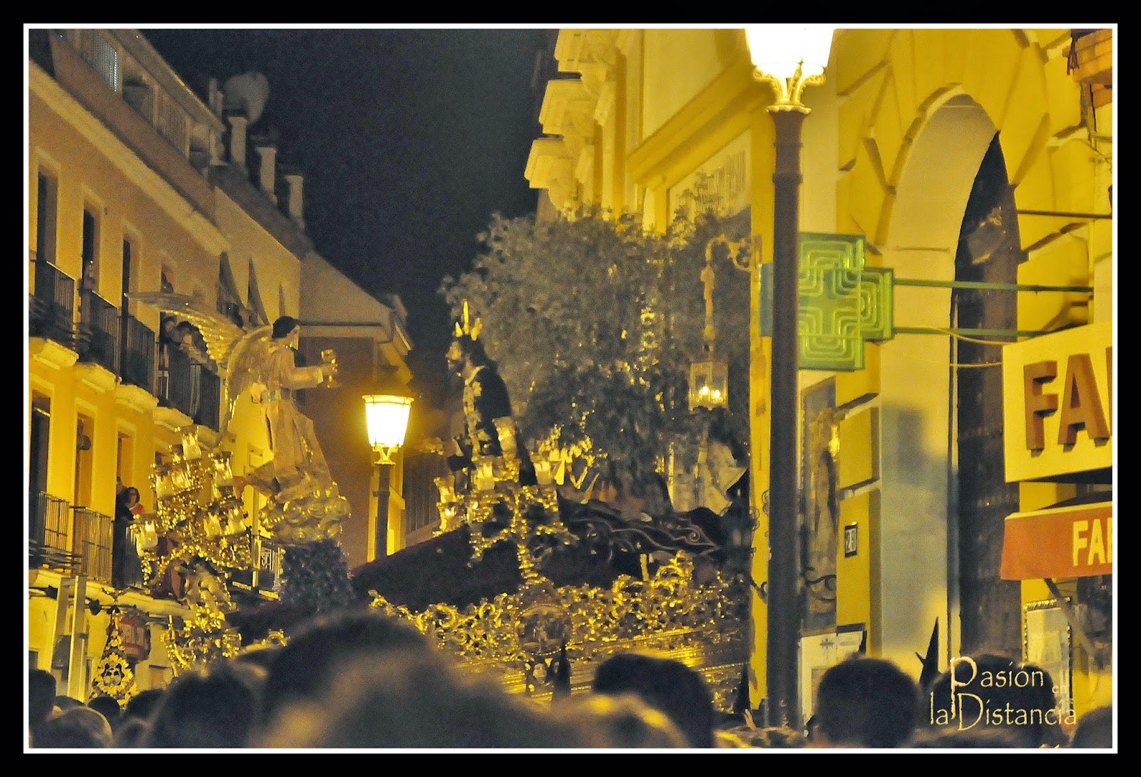 Misterio de Montesión Entrada Jueves Santo Sevilla 2014