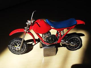 motocross-em-miniatura-carlinhos-miniaturas-presentes-criativos.blogspot.com