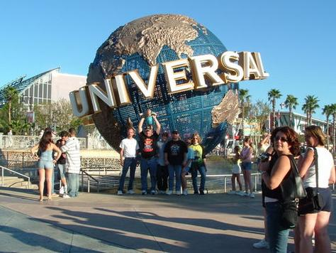 how to get to universal studios