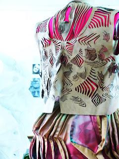 futuro-moda-Colombiamoda-PASARELA-JÓVENES-CREADORES-CHOCOLYNE-COLEGIATURA-2013