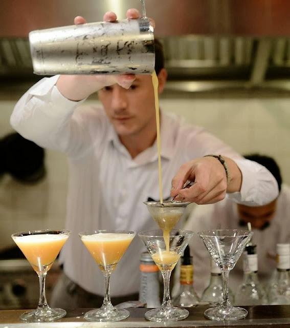best bartender, mixologist, cocktail solutions