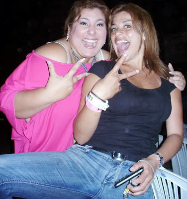 Mónica Torres con Giovanna Valcárcel