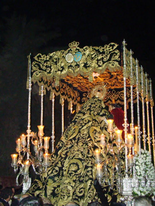 Manto Virgen de la O hermanas Antúnez 1891 Hermandad del Santo Entierro de Jerez de la Frontera en 1930