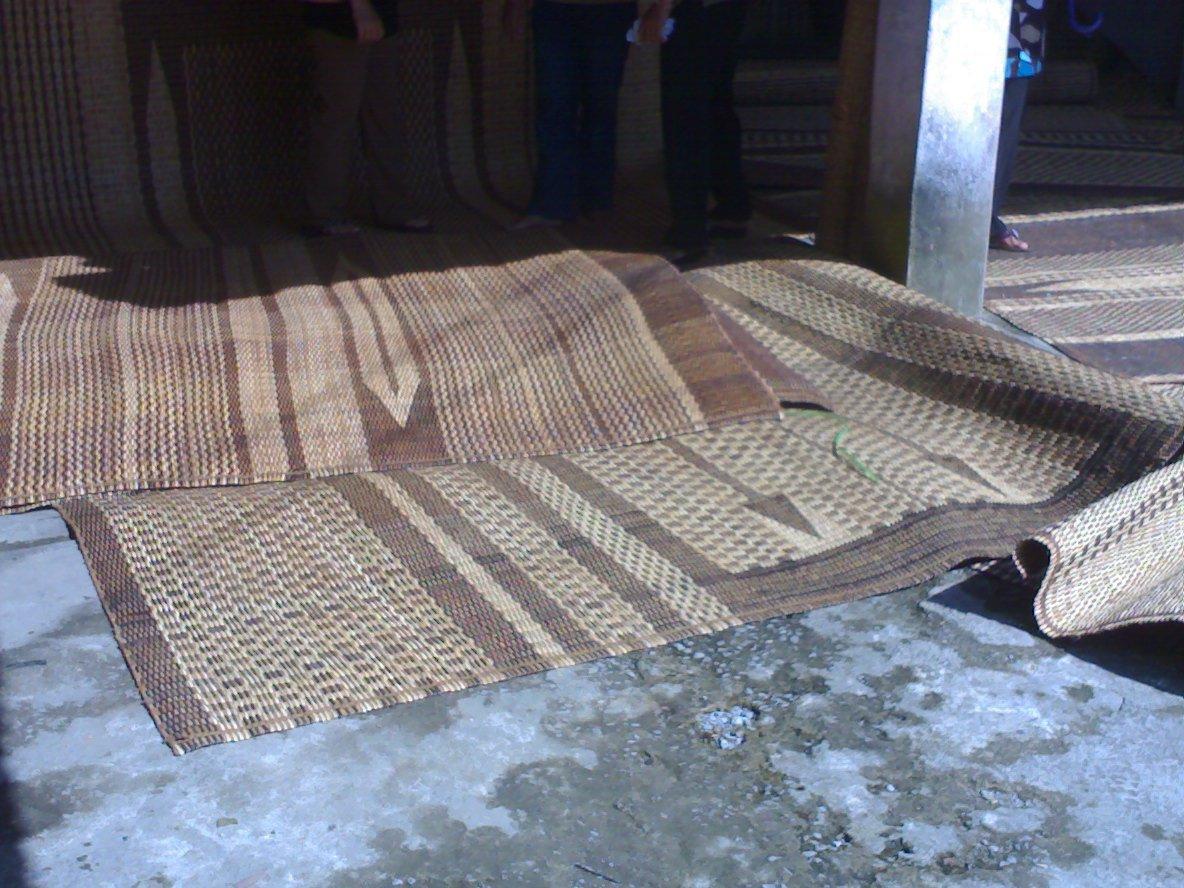 Dunia Mummy Aqif Tikar Rotan Sarawak