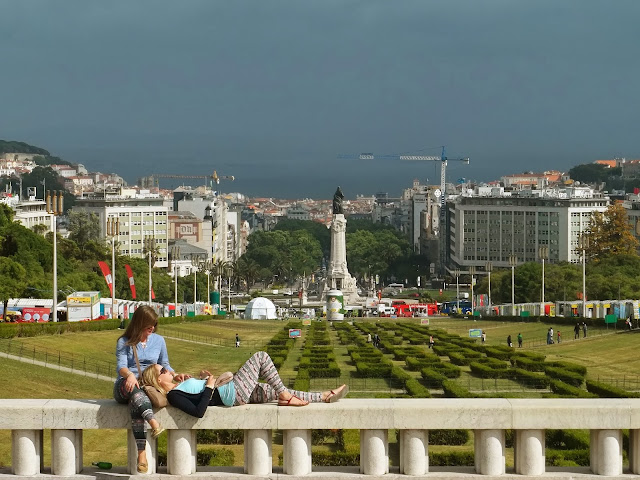 Eduardo VII Park in Lisbon on Semi-Charmed Kind of Life