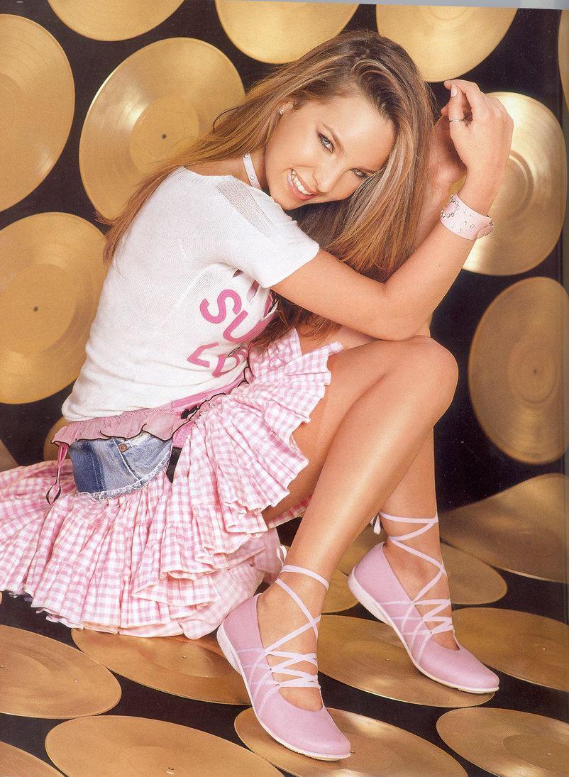 Belinda Un De Agosto Nace La Princesa Del Pop En Espa Ol