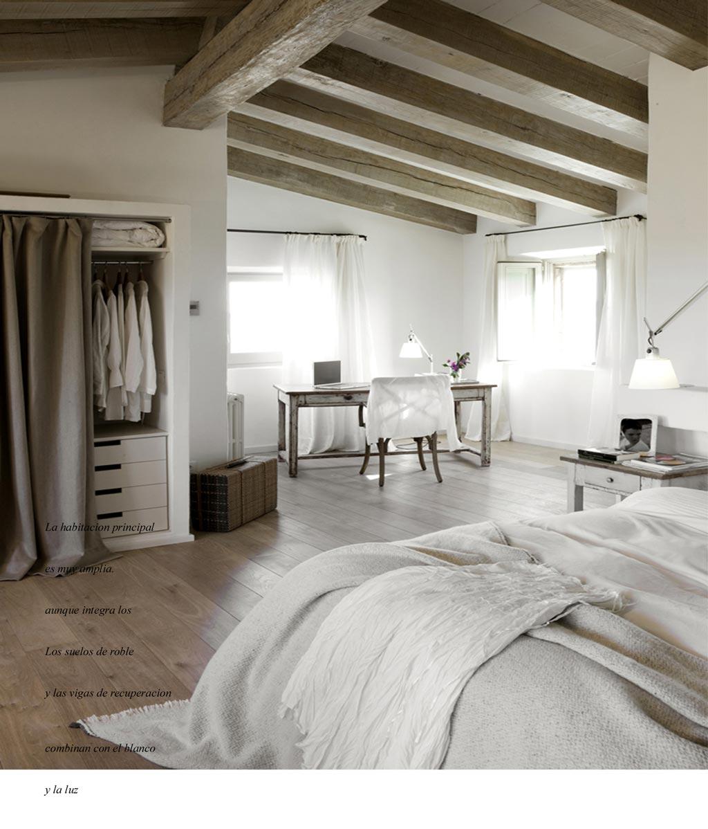 semplice,quasi spartana lu0026#39;amplissima e luminosissima camera da letto ...