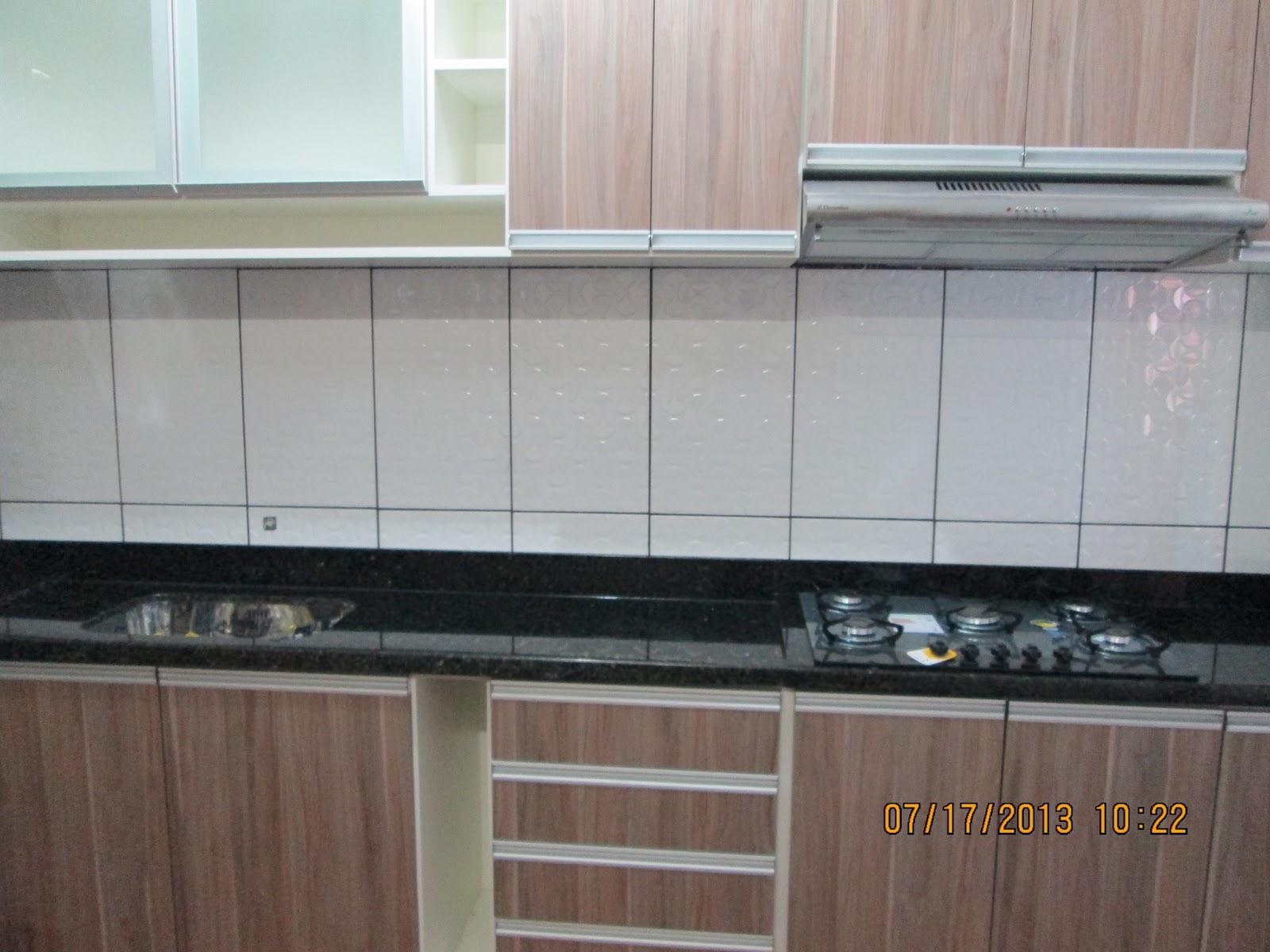 MARMORARIA CARDOZO: Bancada de Cozinha em Granito Verde Ubatuba. #624E44 1600x1200