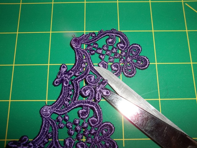 Sew what s new fabric center friday night tutorials easy lace