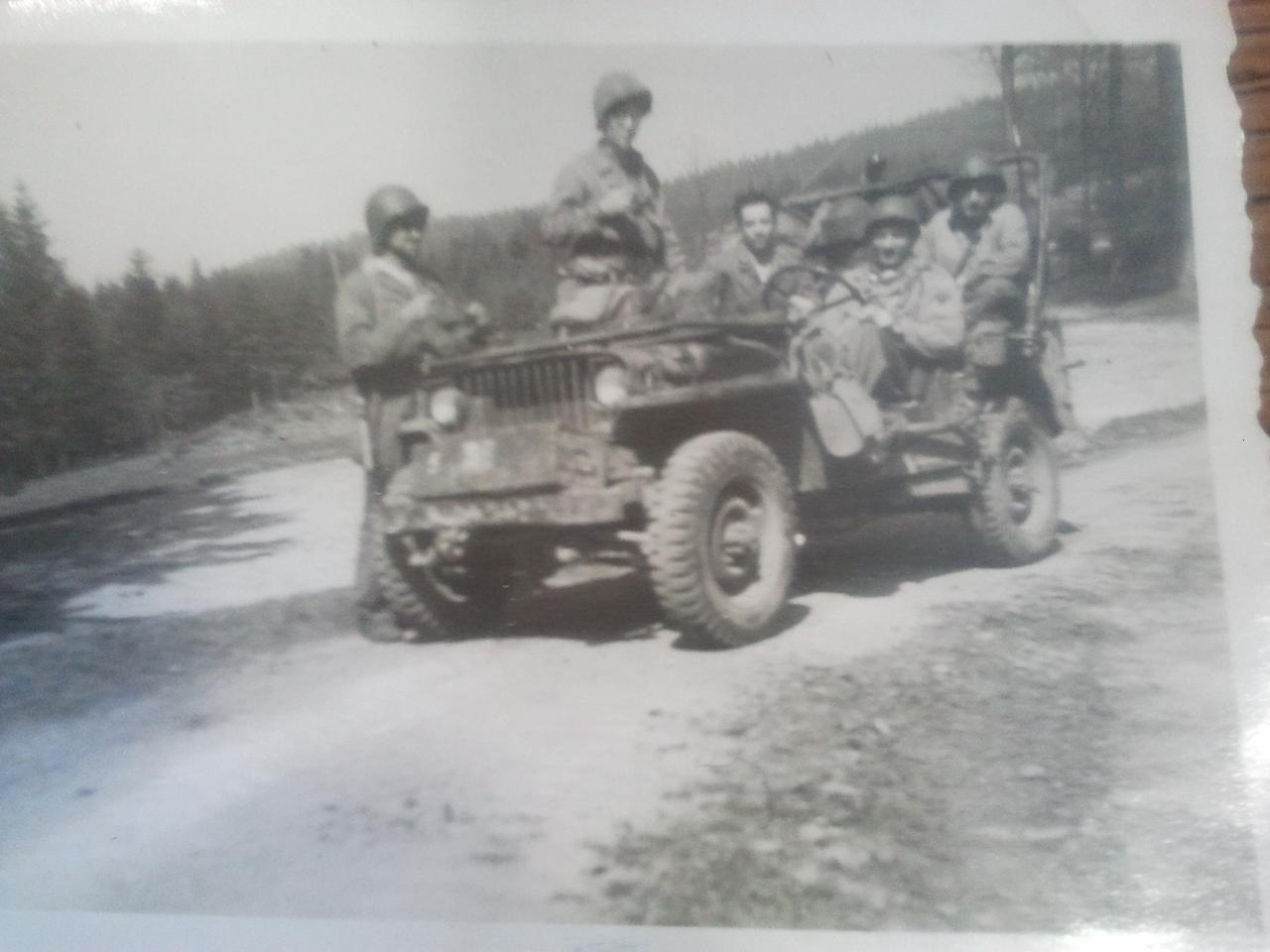 souvenez vous 44 jeep 1 re armee francaise 1944 1945. Black Bedroom Furniture Sets. Home Design Ideas