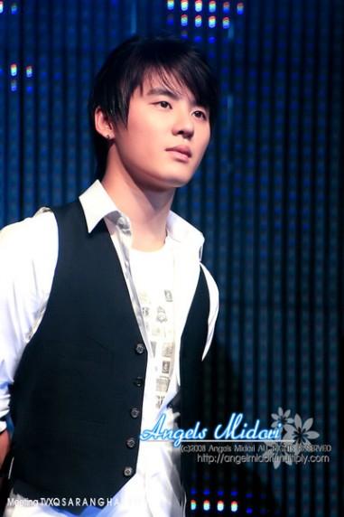 صور للفرقة الكورية TVXQ 20090628_xiahjunsu01
