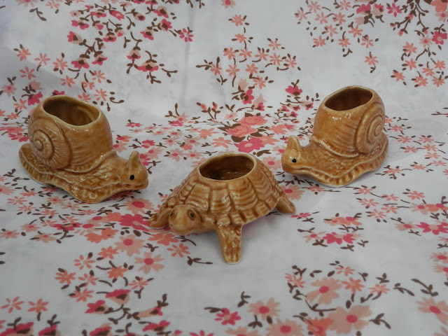 Retro snail and tortoise ornaments. Charity shop haul.  secondhandsusie.blogspot.co.uk