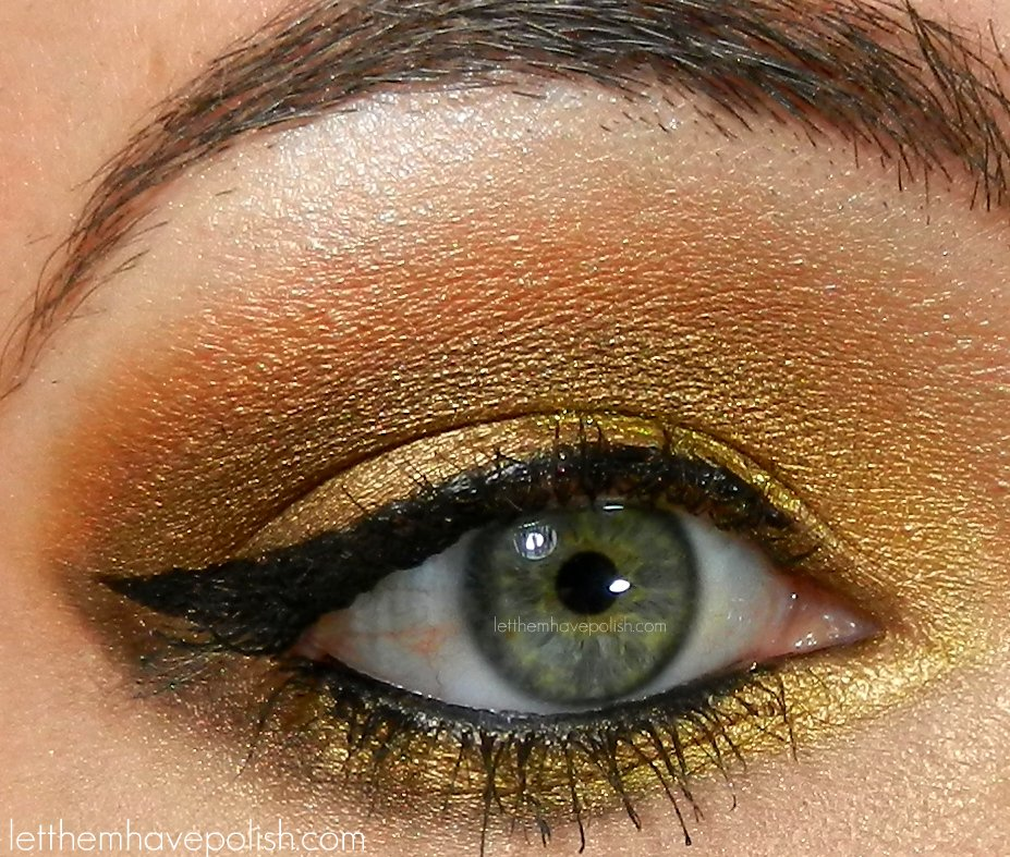 Pin by Erin Colón on Lively Up Yourself | Gold glitter