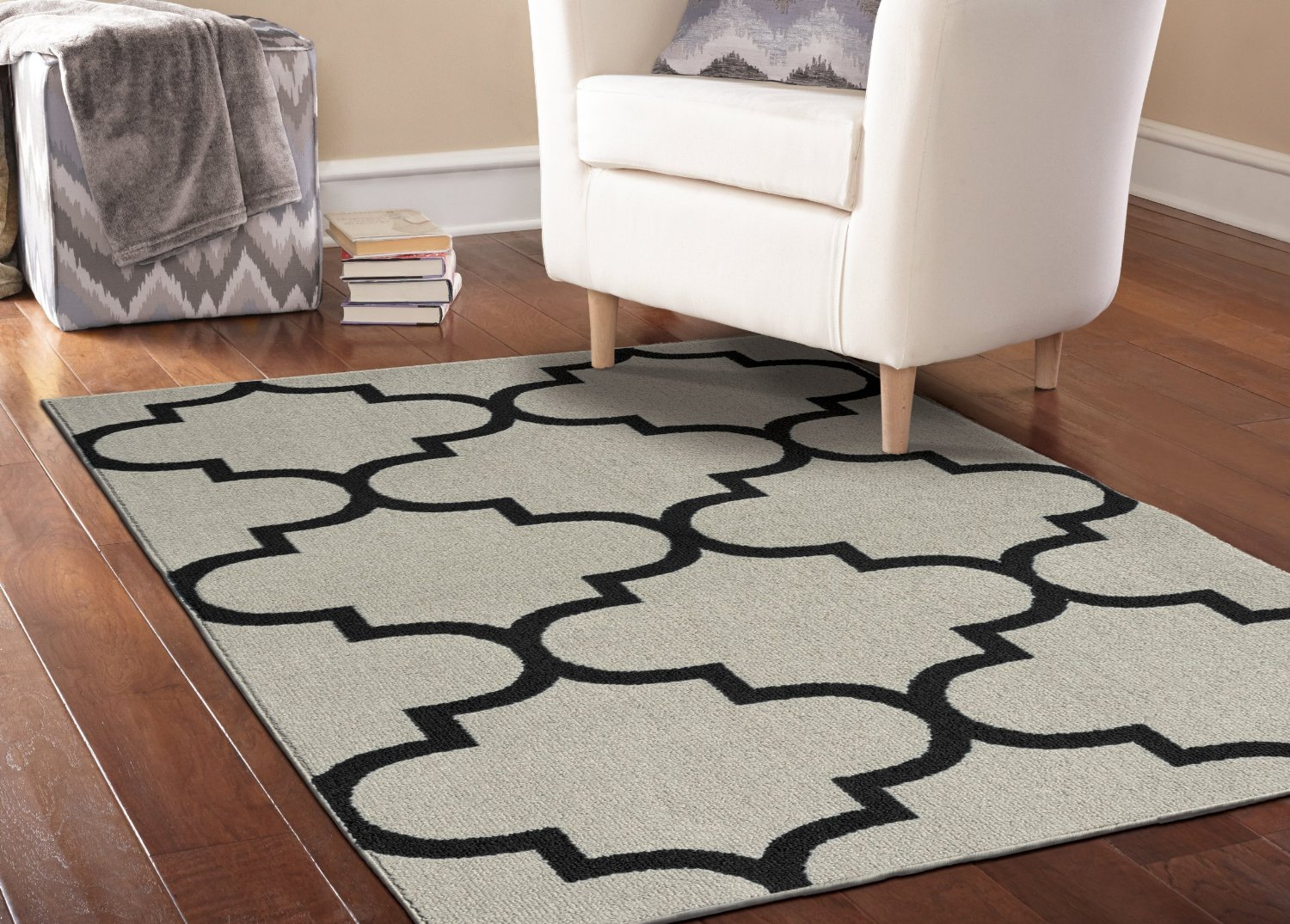 Uber Hollywood Regency Style Silver Black Area Rug