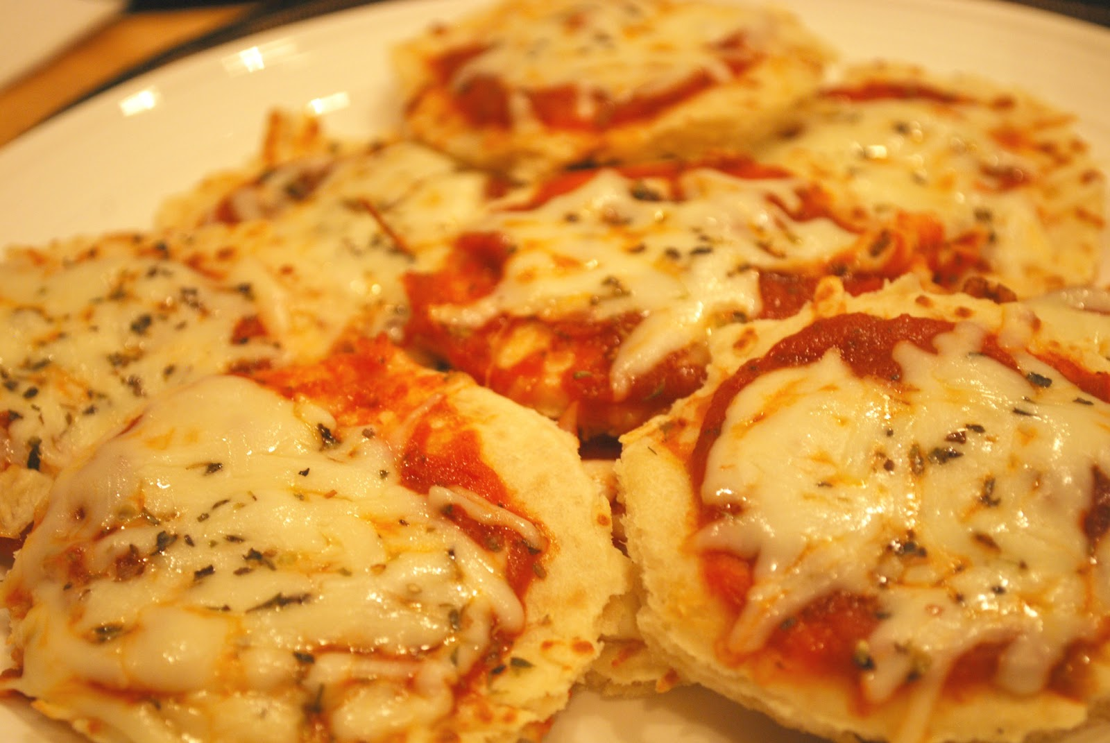 Game Day Recipe: Mini Pizzas!