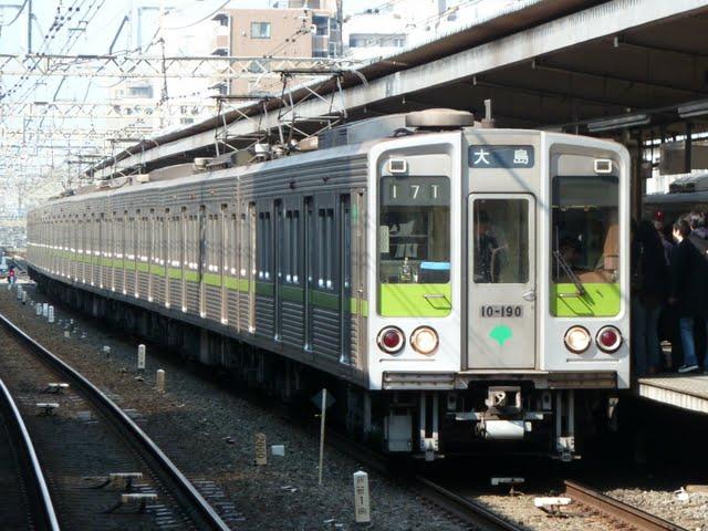 都営新宿線 各停 大島行き1 10-000形190F