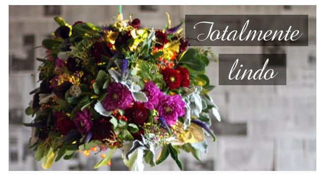 Um-lustre-feito-com-flores-de-verdade