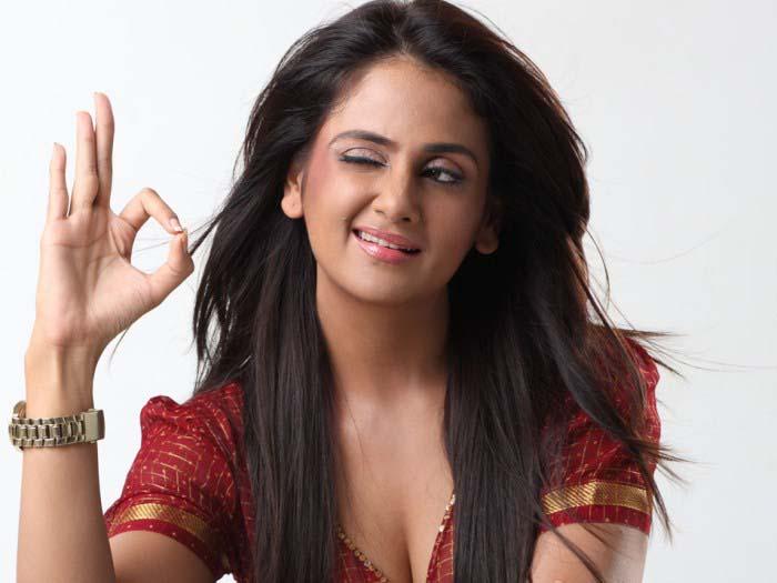 Kannada Actress Hot
