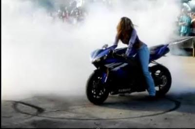 motorcycle rider women image1