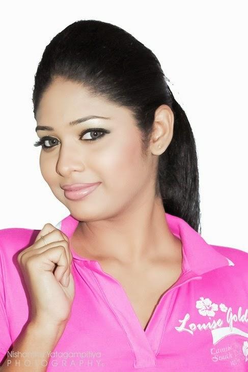 Lakshi Perera pink