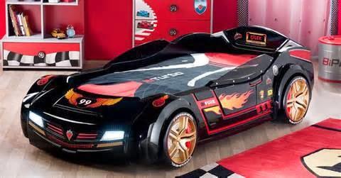 mobil untuk anak muda