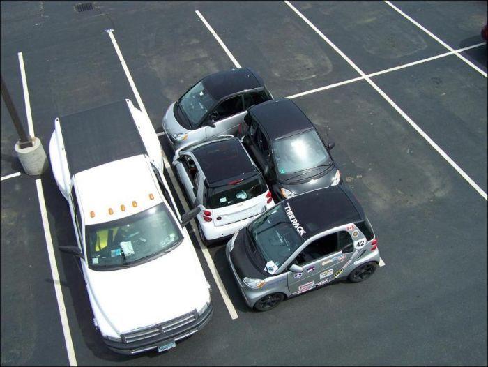 Funny Car Parking Pics