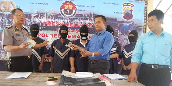 Polres Pemalang Buru Dua DPO Pascapenangkapan 5 Penjudi