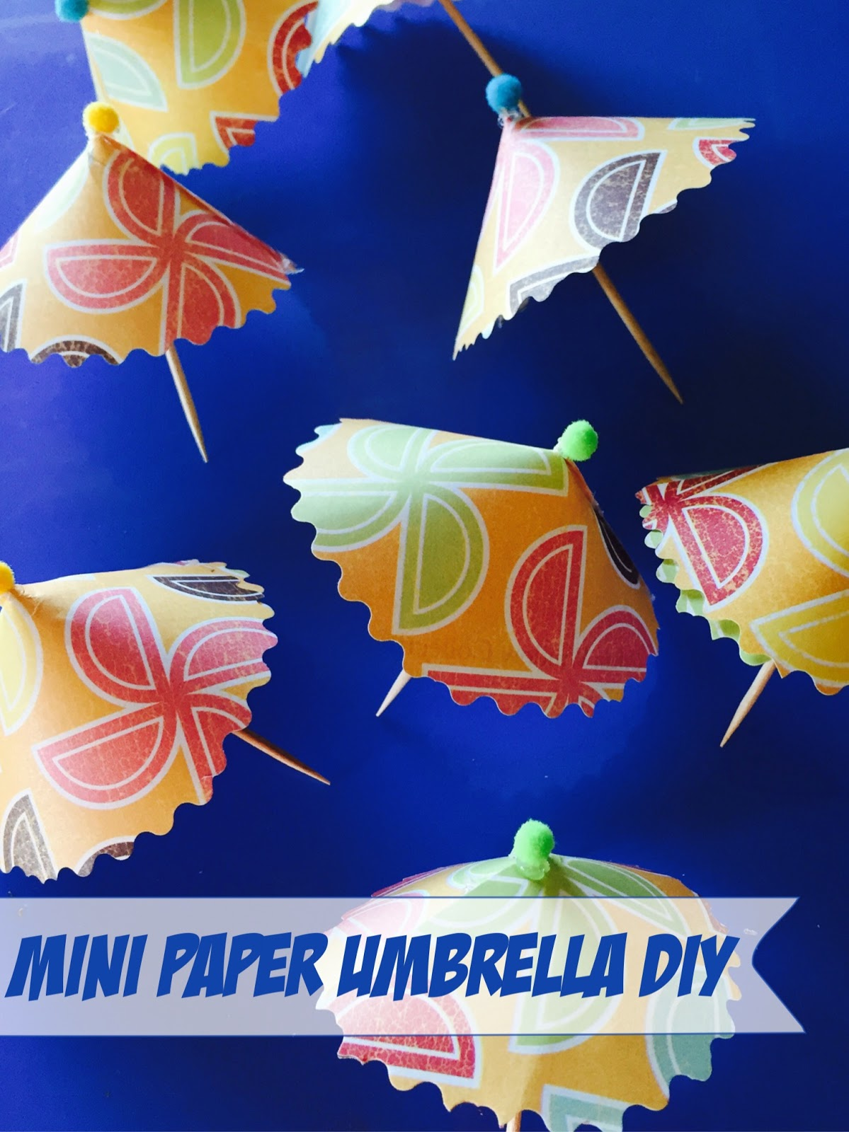 mini paper umbrella tutorial, scrapbook paper mini umbrellas