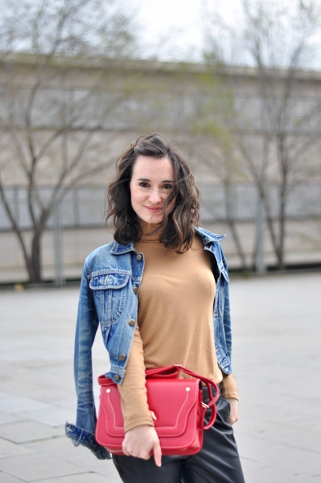 leather pants streetstyle