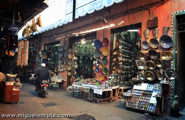 Zoco-Marrakech-puestos